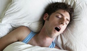 sleeping with mouth open bad breath